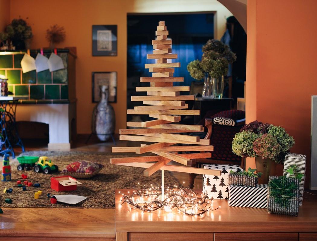 yelka_minimalist_christmas_tree_01