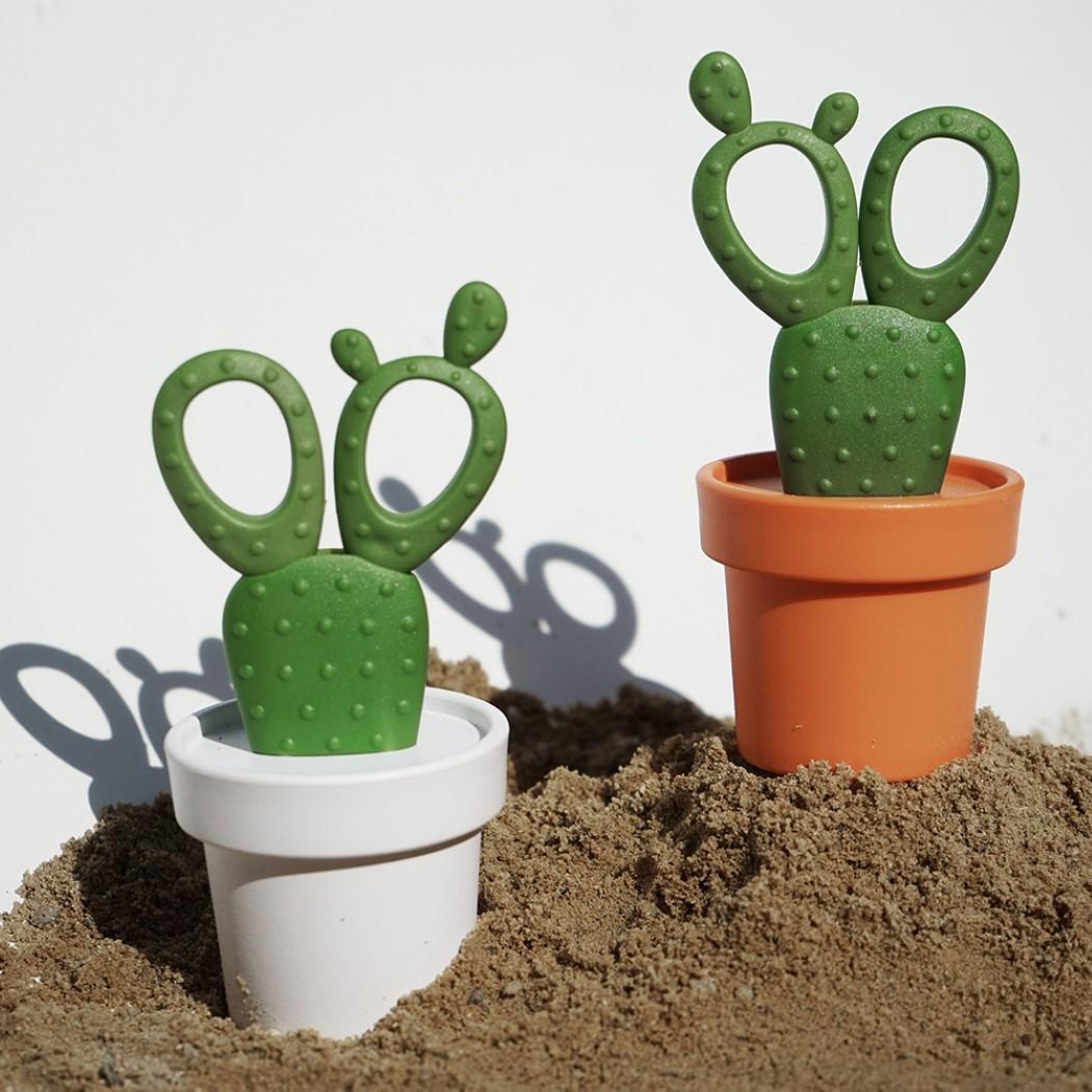 cactus_scissors_6