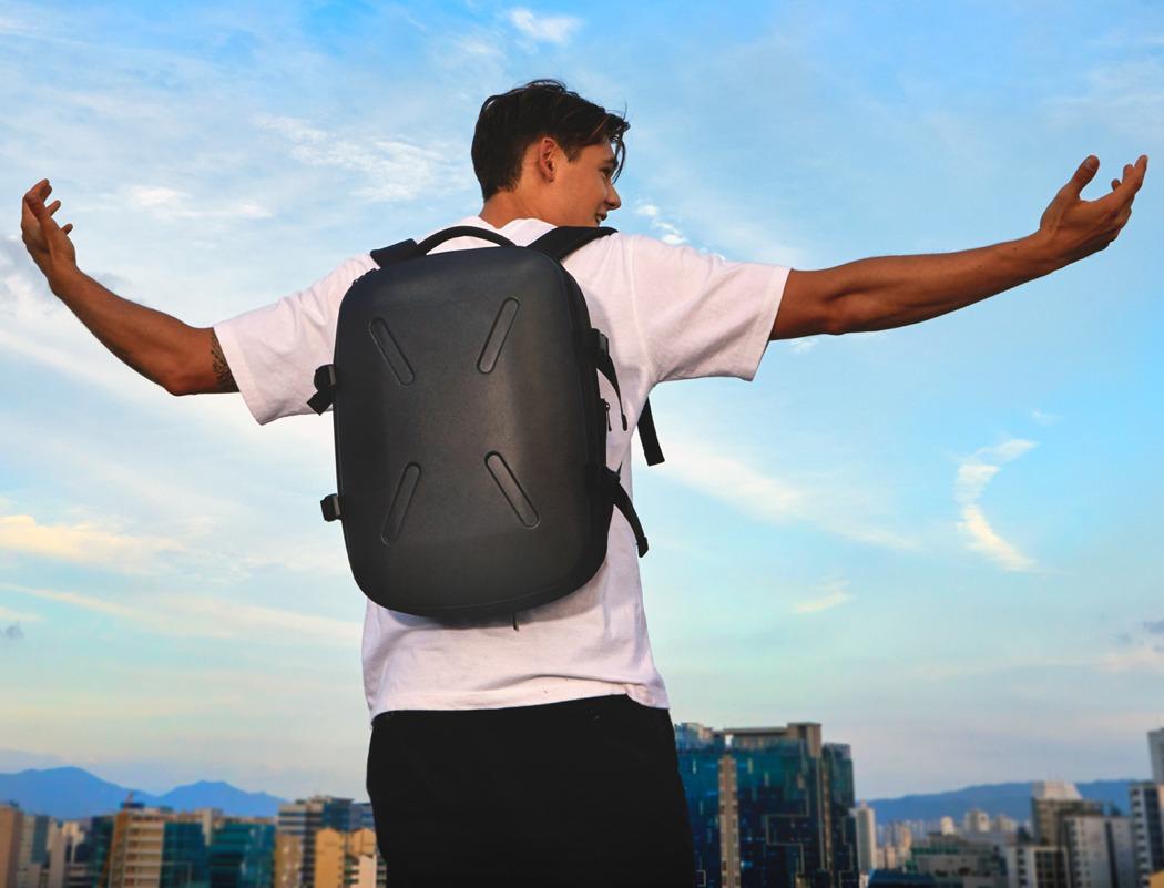 jerrybagshield_unbreakable_backpack_01