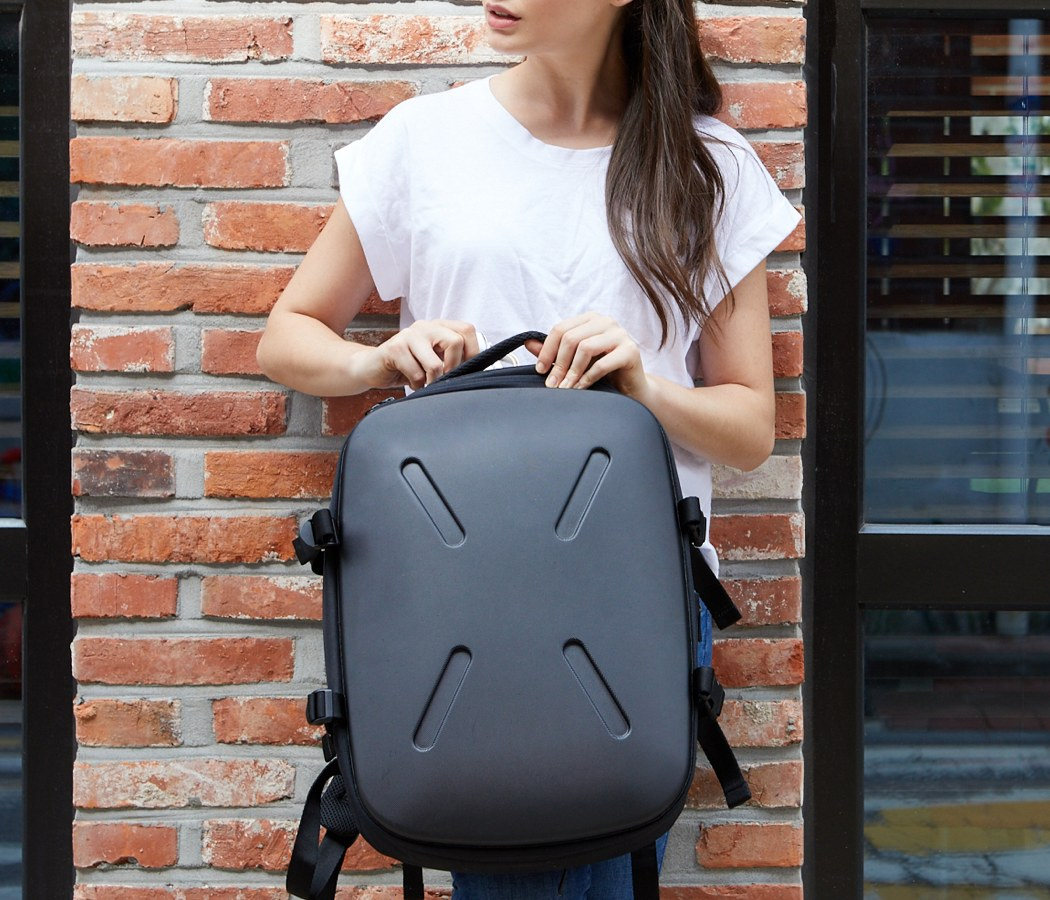 jerrybagshield_unbreakable_backpack_03