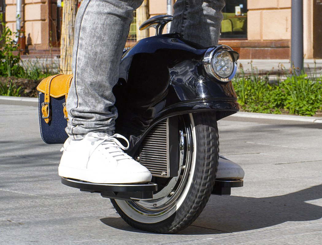 escis_electric_unicycle_04