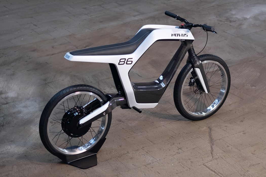 novus_electric_motorcycle_1