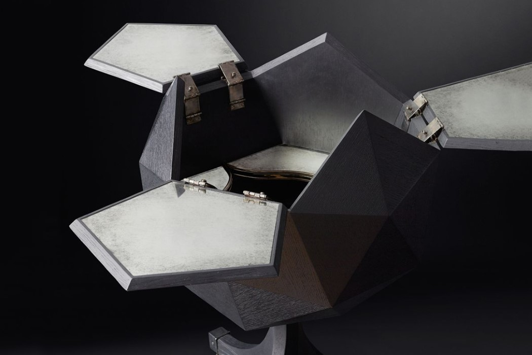 polyhedron_bar_cart_4