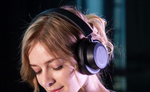 hbv70_multi_function_smart_headphone_layout