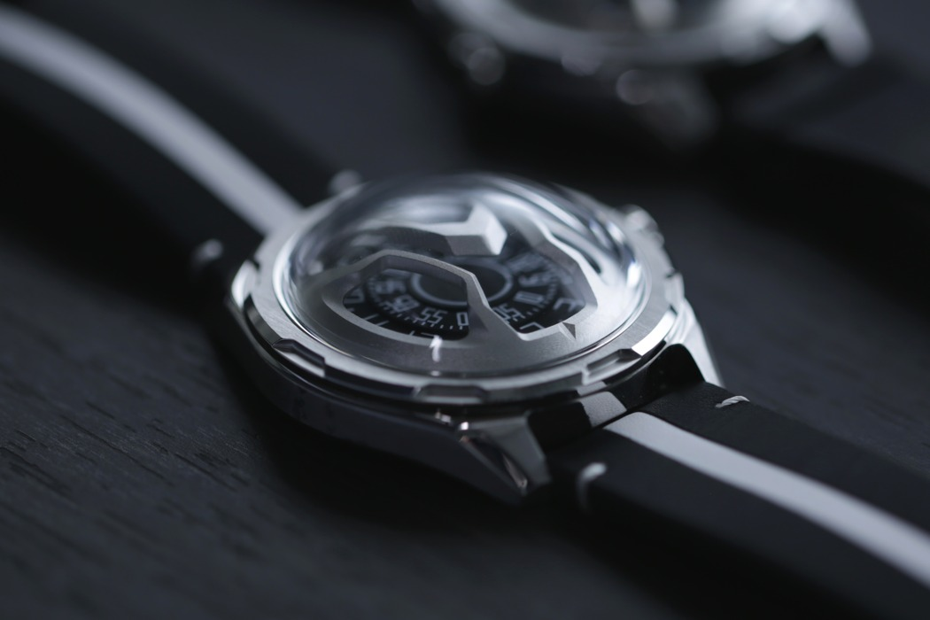 aision_space_inspired_automatic_watch_02