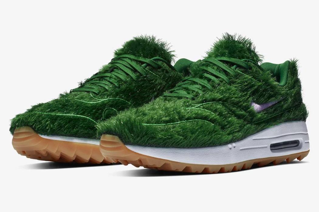 nike_grass_sneaker_layout