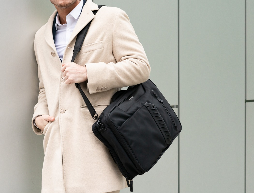 flypack_business_travel_briefcase_06