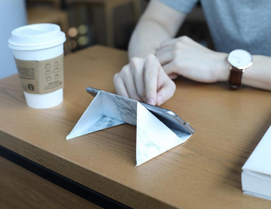 fodi_origami_stand_2
