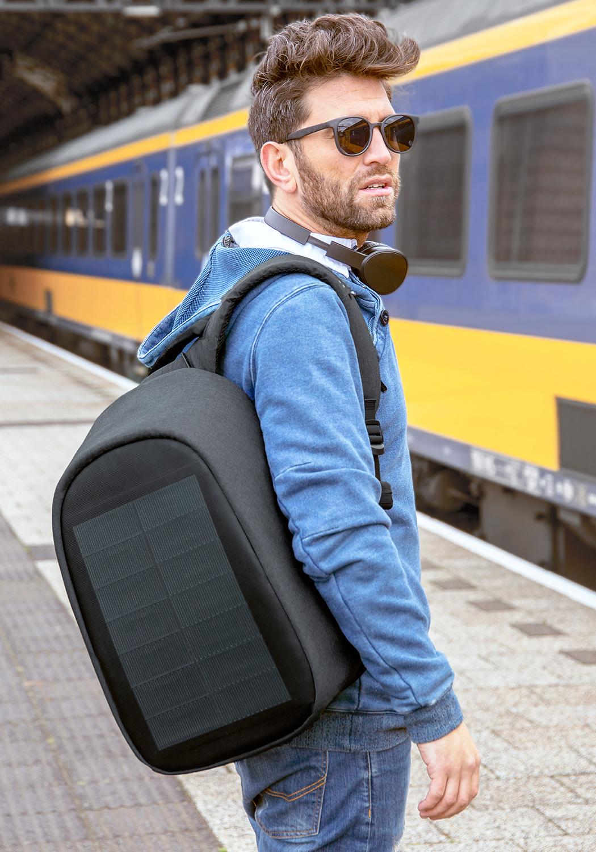 bobby_backpack12