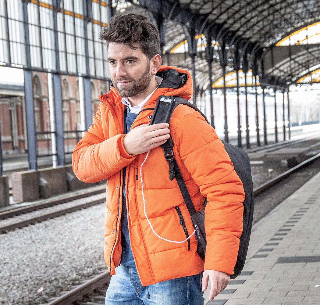 bobby_backpack26
