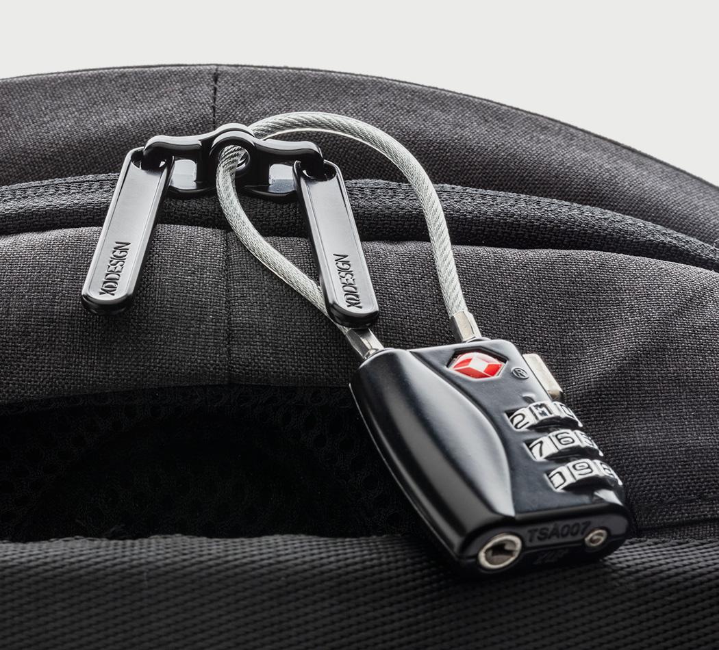 bobby_backpack5