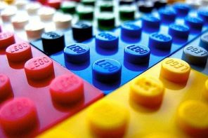 YD JOB ALERT: LEGO is looking to hire a Senior Designer!