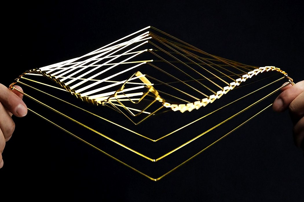 This stress-relief kinetic spinner was created out of love for maths and the Fibonacci sequence
