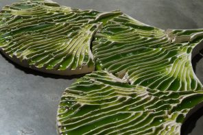 These toxin absorbing algae coated tiles could be the next big eco-friendly trend!