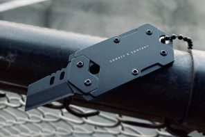 This dog tag with a fully concealed pocket knife will be your faithful EDC companion