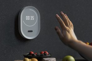 Kitchen timer that can be set with dirty hands and no touching!