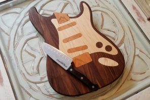 These guitar-shaped kitchen cutting boards are made for a different kind of 'shredding'!
