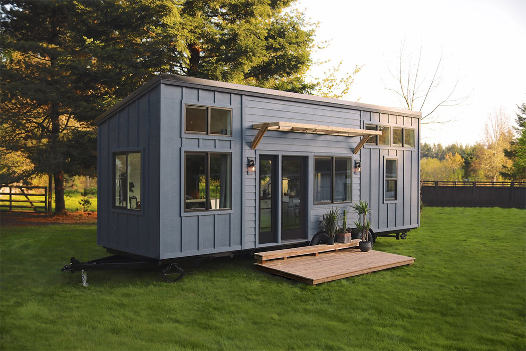 Tiny homes made of shipping containers for the millennial home owners