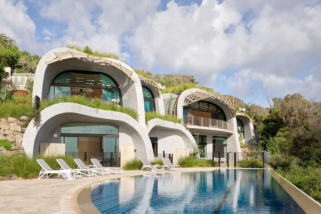 Organic Concrete Curves Give An Unconventional Vibe To This Sustainable Luxury Home Yanko Design