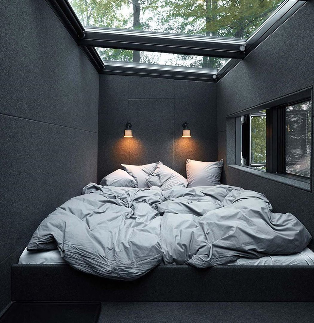 All black interior designs that will inspire you to adapt this modern  minimal trend | Yanko Design