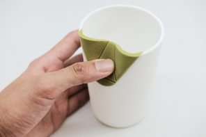 These tableware designs use a silicone flap to improve the visually impaired's eating experience