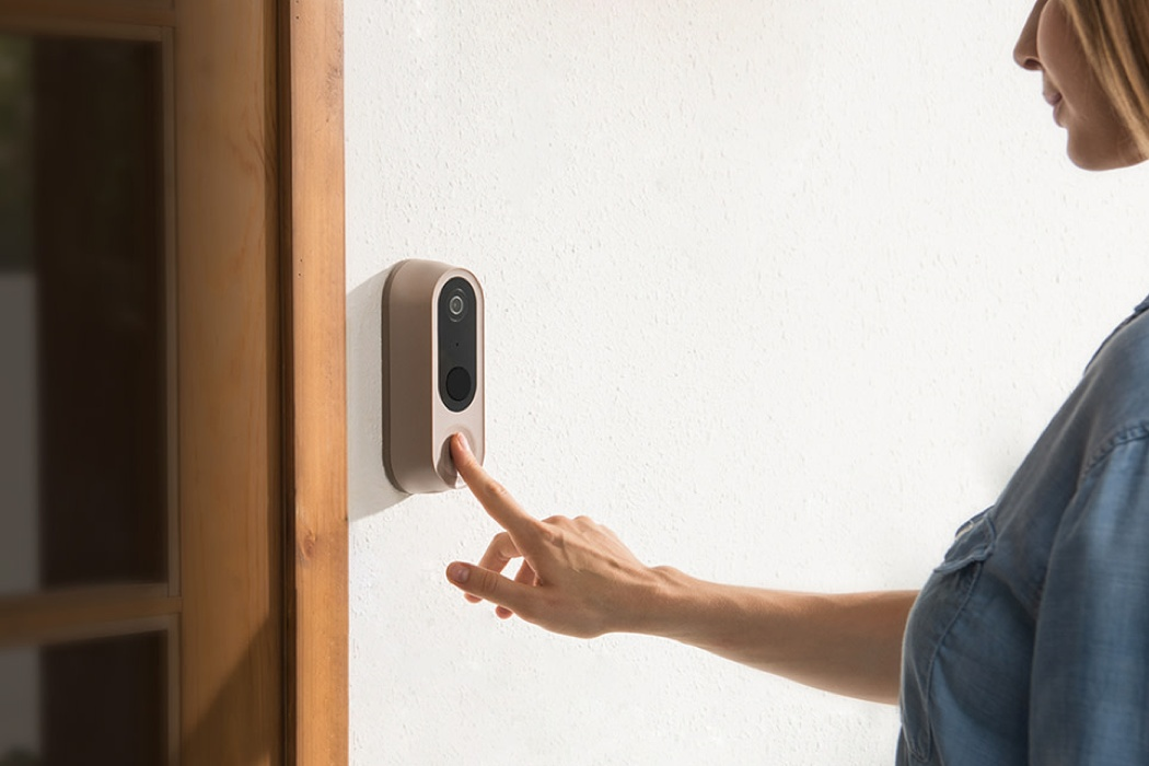 A smart wireless doorbell that guards your house without sending data to Amazon or Google