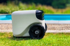The 'Tesla of lawn-mowers' uses self-driving algorithms to perfectly trim your lawns!