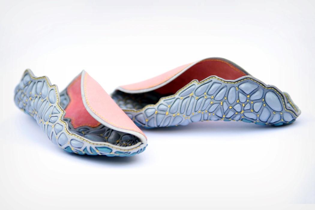 custom sports shoes