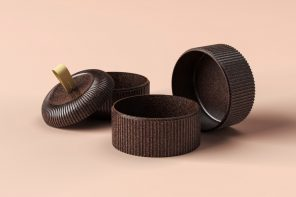 These biodegradable takeaway containers are molded from recycled cocoa beans!
