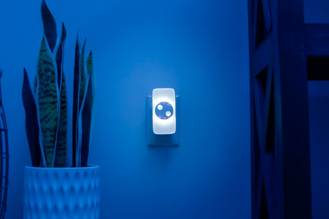 This smart nightlight helps you remotely take care of your loved ones… without any cameras