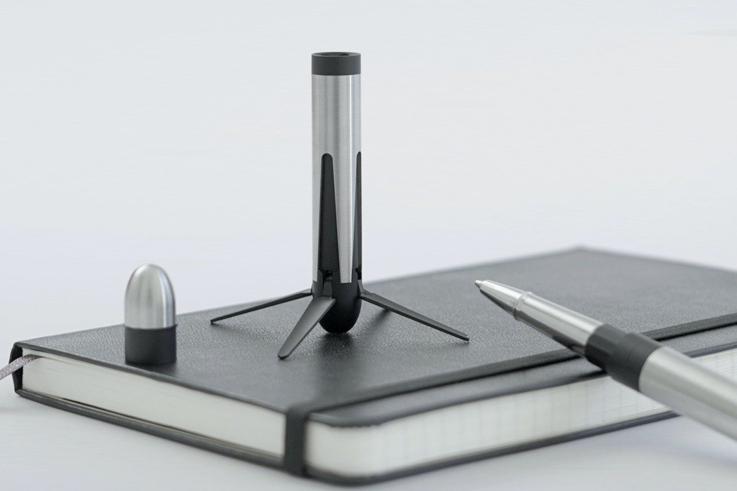 SpaceX rocket inspired pen stands on your desk like a mini replica of the Falcon 9 rocket!