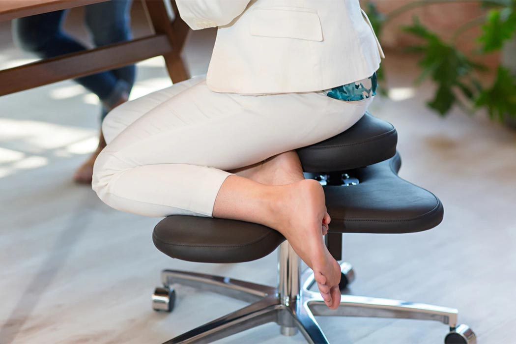 This Chair Was Designed To Let You Sit Cross Legged For Better Posture And Health Yanko Design