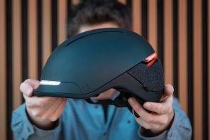 Smart helmet with dynamic LEDs and a sleek design keeps you fashionable and safe!