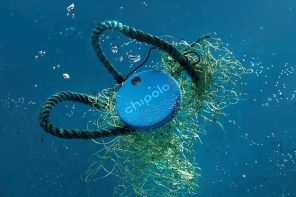 The world's first item-tracker made from recycled ocean-plastic