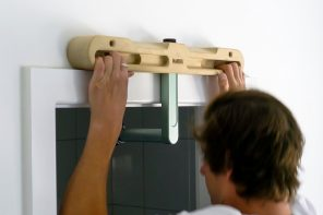 This toolless, sustainable hangboard lets you train for rock climbing while staying fit from home!