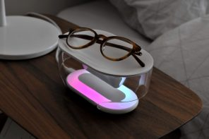 This smart bedside assistant & wireless charger uses mood light to improve your sleep routine and reduce stress
