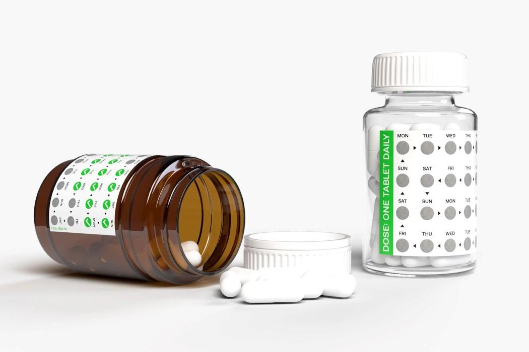 Эта умная наклейка для скретч-карты помогает людям не забывать принимать лекарства каждый день.