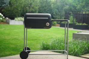 This retro-inspired grill gives charcoal infused flavours with the ease of using an oven!
