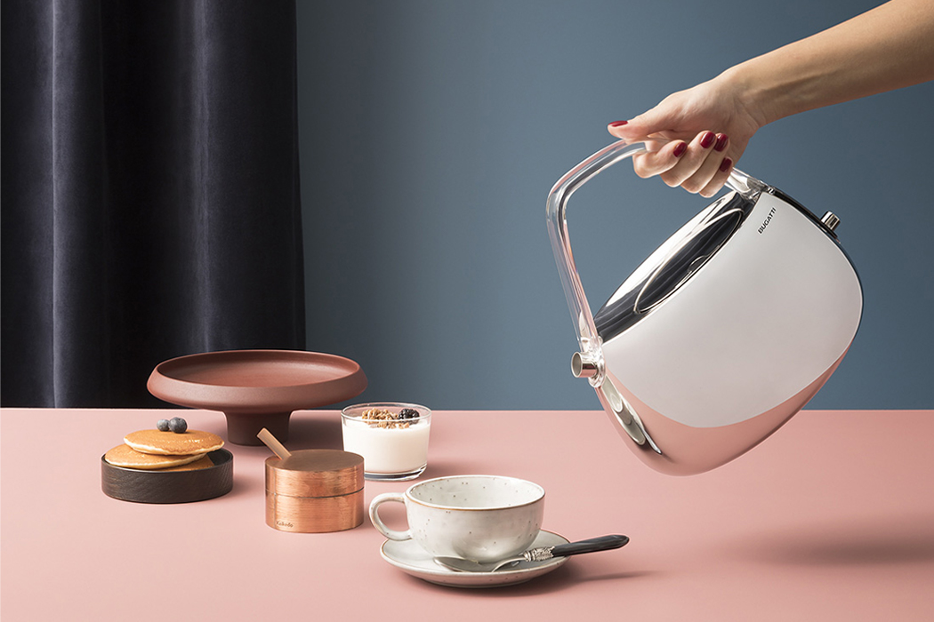 Bugatti's modern electric tea kettle is designed to maintain the exact ideal temperature for your tea!