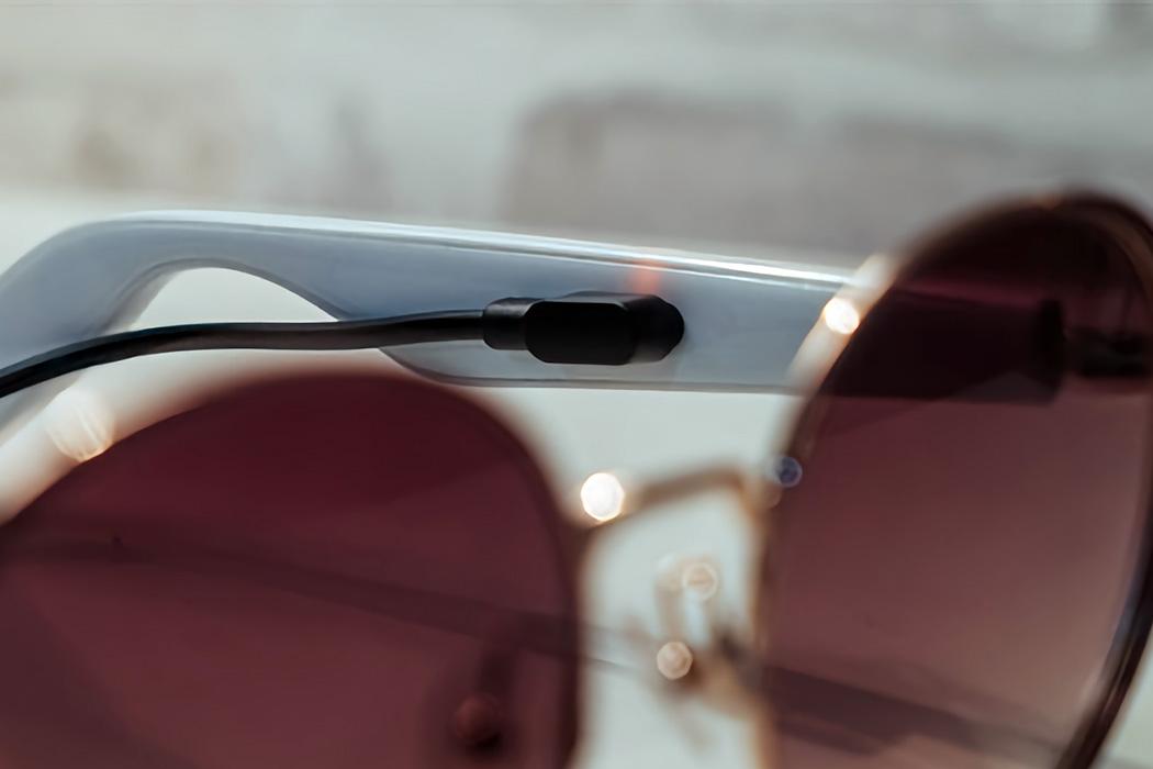Что, если бы ваши AirPods были встроены прямо в ваши очки?