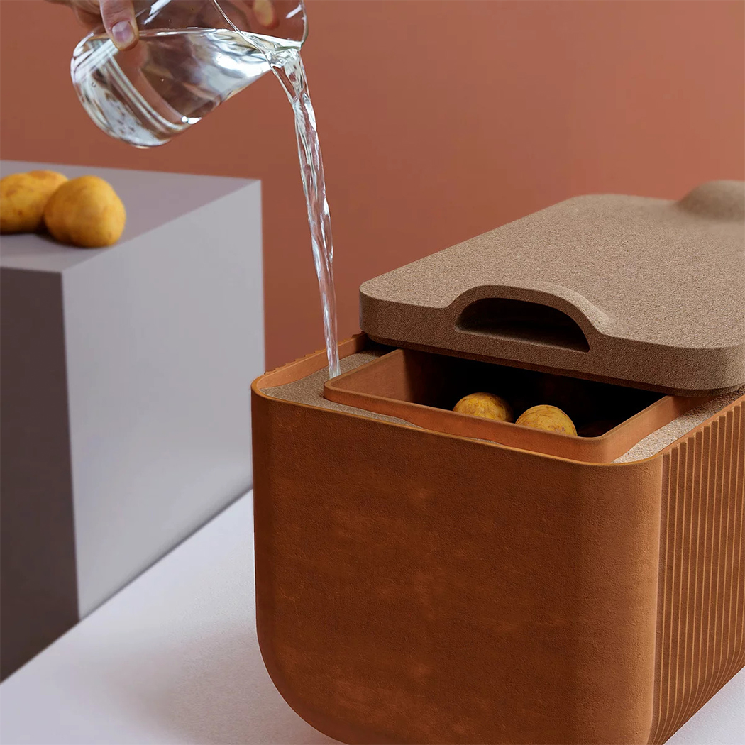 Этот терракотовый контейнер обеспечивает естественный и энергоэффективный способ хранения продуктов!