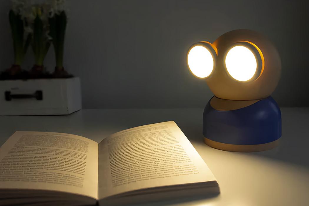 """Эта игривая, настраиваемая лампа превращает """"счастье"""" в элемент дизайна."""