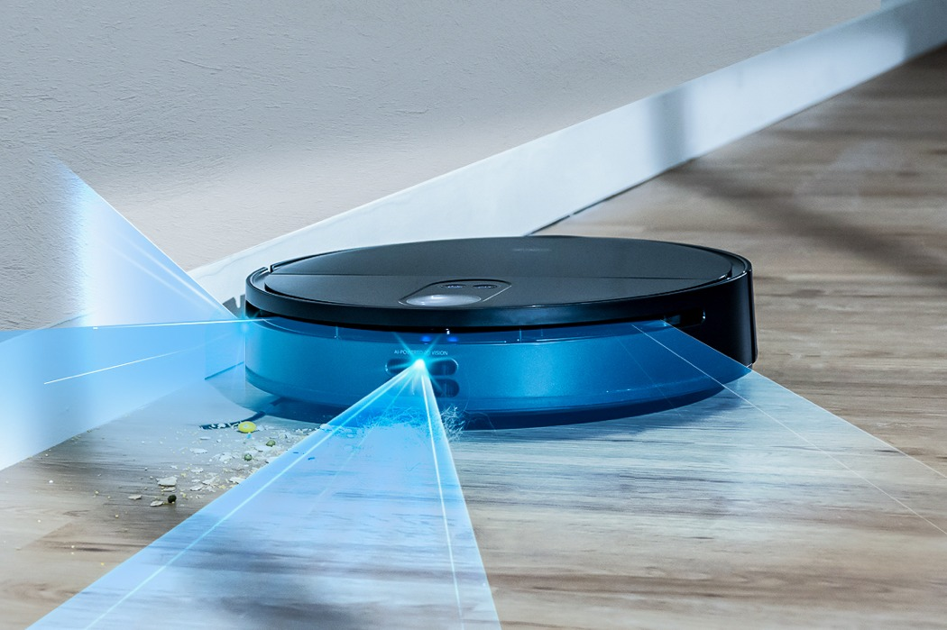 This triple-eye LiDARs robot vacuum cleaner uses advanced AI to navigate and clean your home