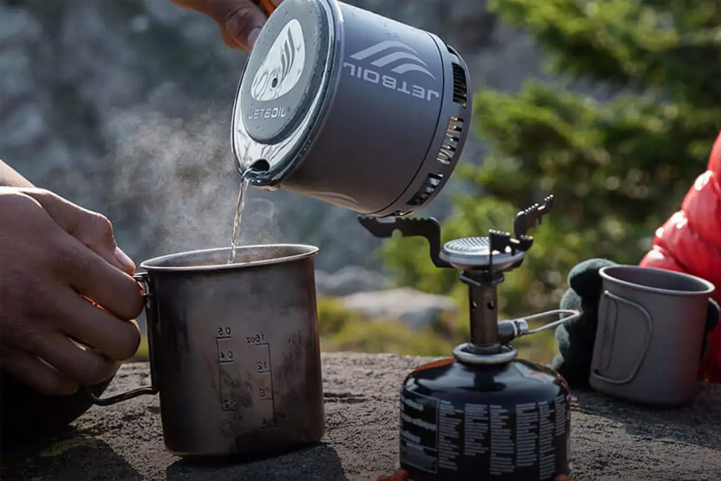 Jetboil Stash is 40% lighter than its predecessor + most compact portable cooking stove yet!