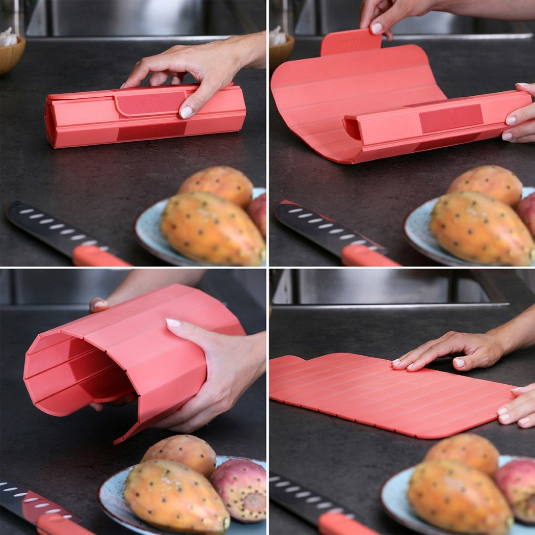 This sushi mat inspired chopping board rolls up to occupy less space in your kitchen