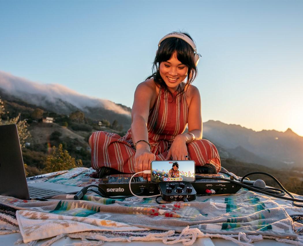 Roland GO:MIXER PRO-X Portable Smartphone Recording Studio