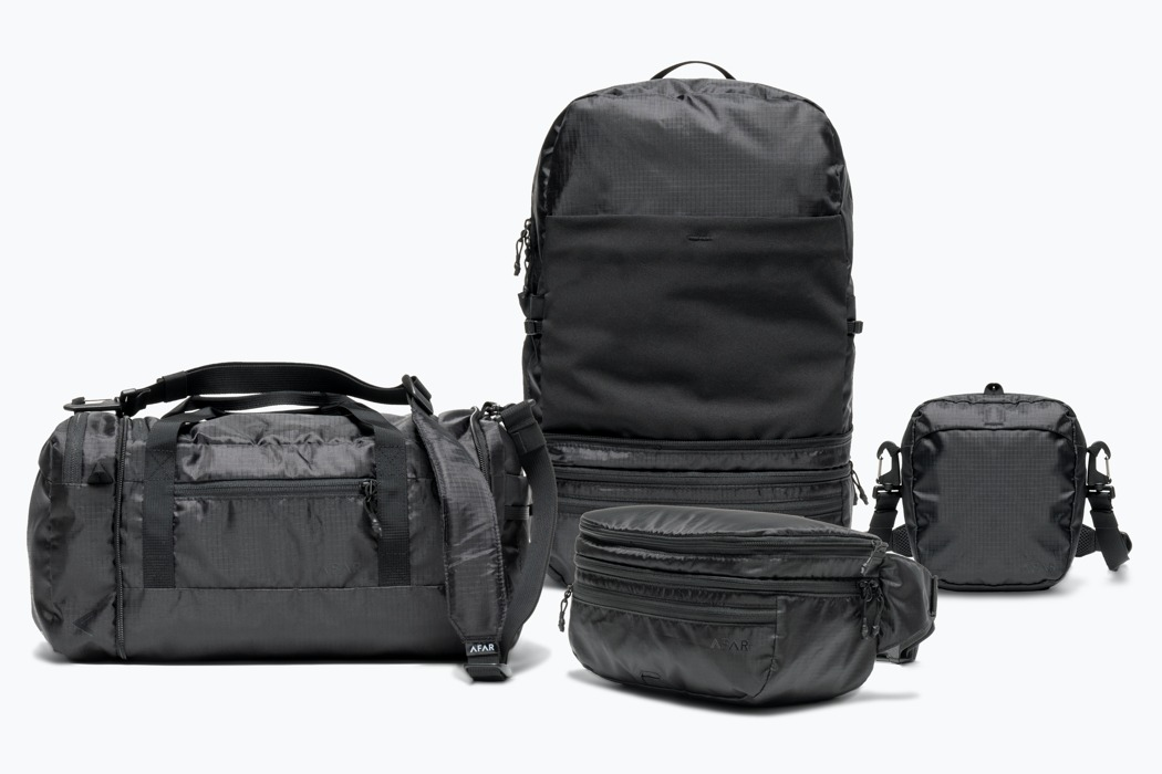 This hip-bag can seamlessly expand into a full-size backpack in under 10 seconds