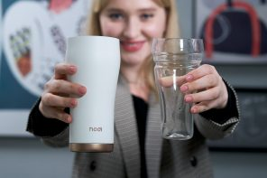 This ceramic tumbler with a removable glass cup retains your drinks original taste