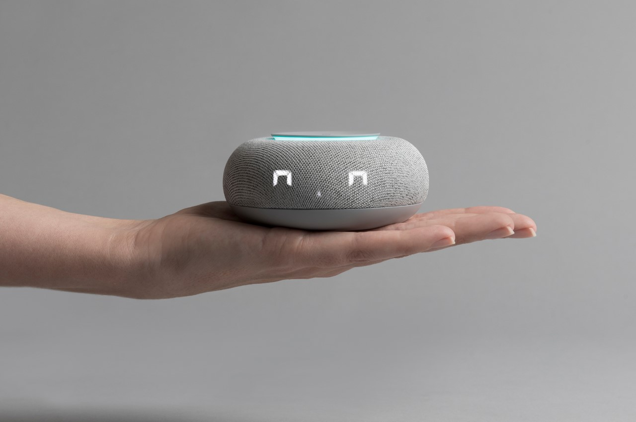 The biggest problem with smart-speakers is that they're voices without faces – LAYER's Capsula Mini fixes that