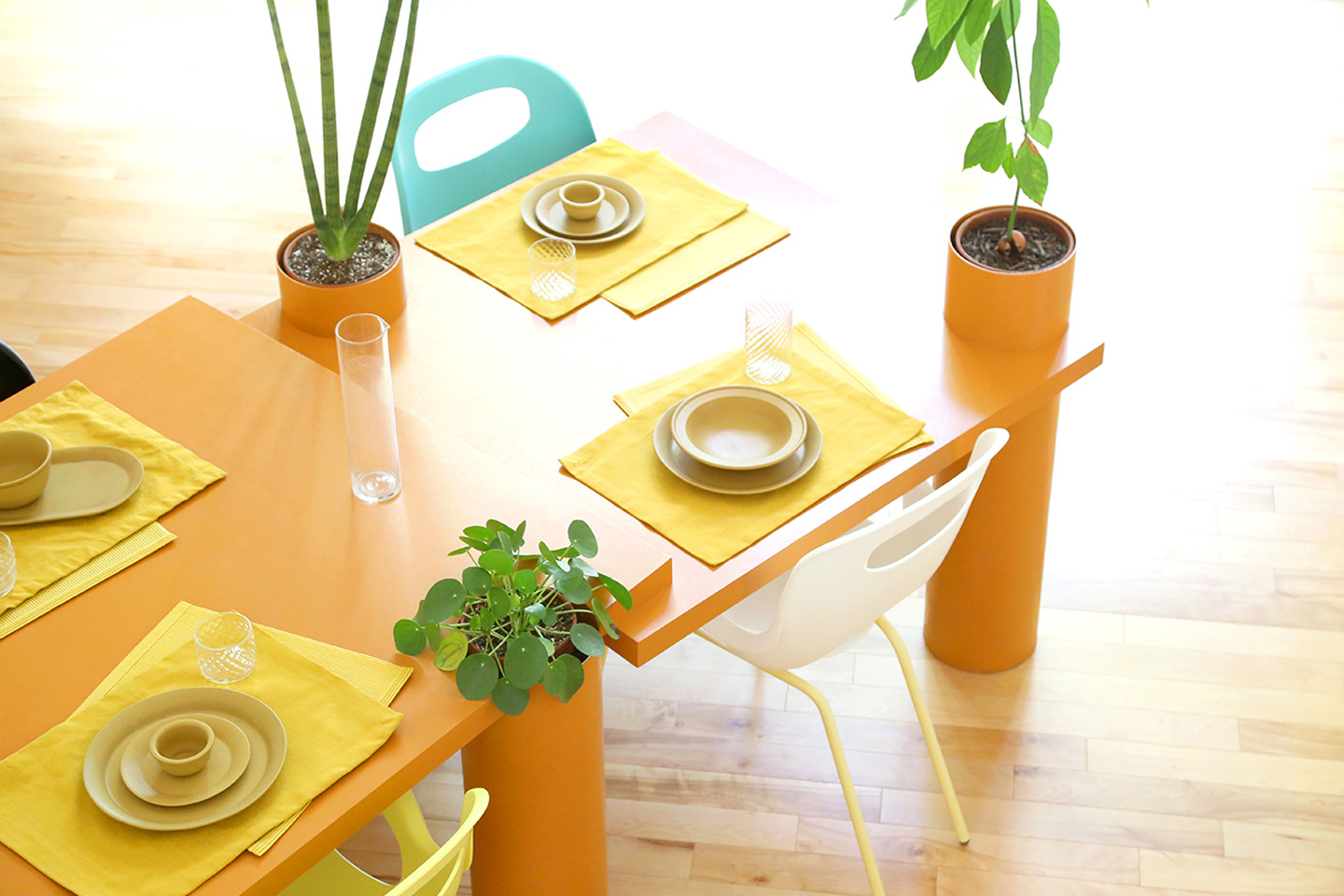 These desks + tables come with built-in cylindrical planters so you can bring your indoor garden to any room!